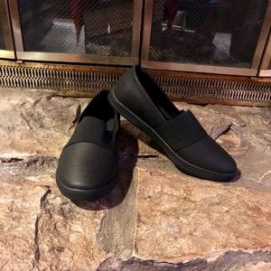 Comfortview New in Box Black Athletic Shoe